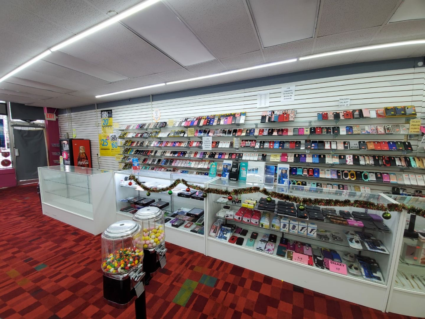 (UNDER CONTRACT)! Low Rent! Cell Phone Store for $30K!