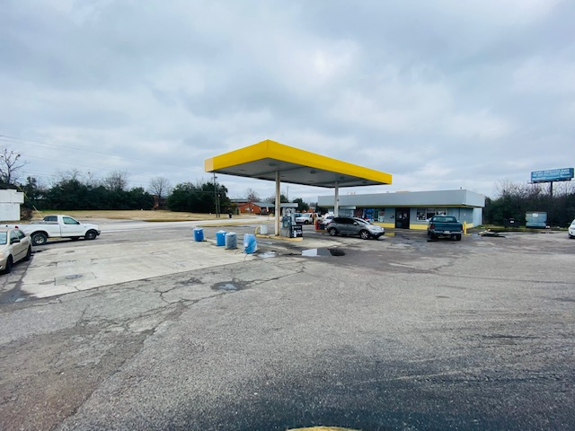 SOLD! Augusta Unbranded Gas Station with Property